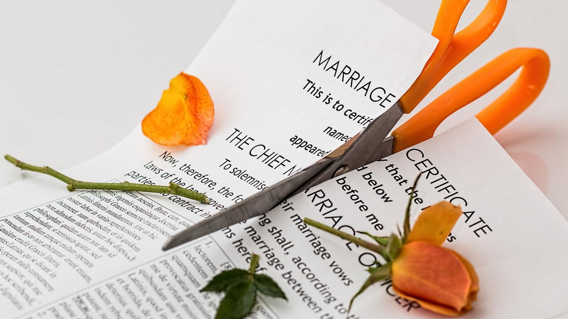 Comment divorcer sans passer devant le juge des affaires familiales ?